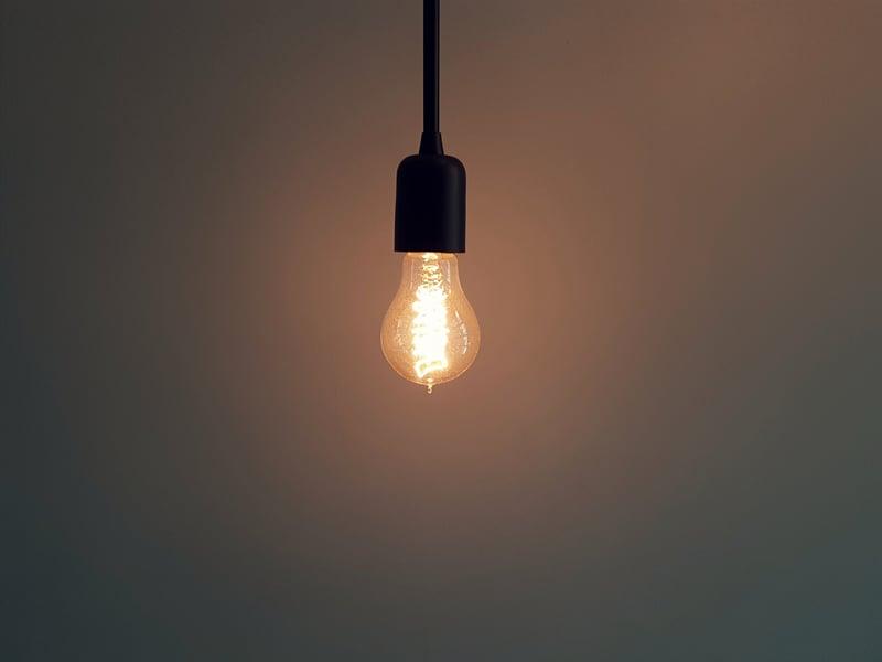 02 PIC -- light bulb